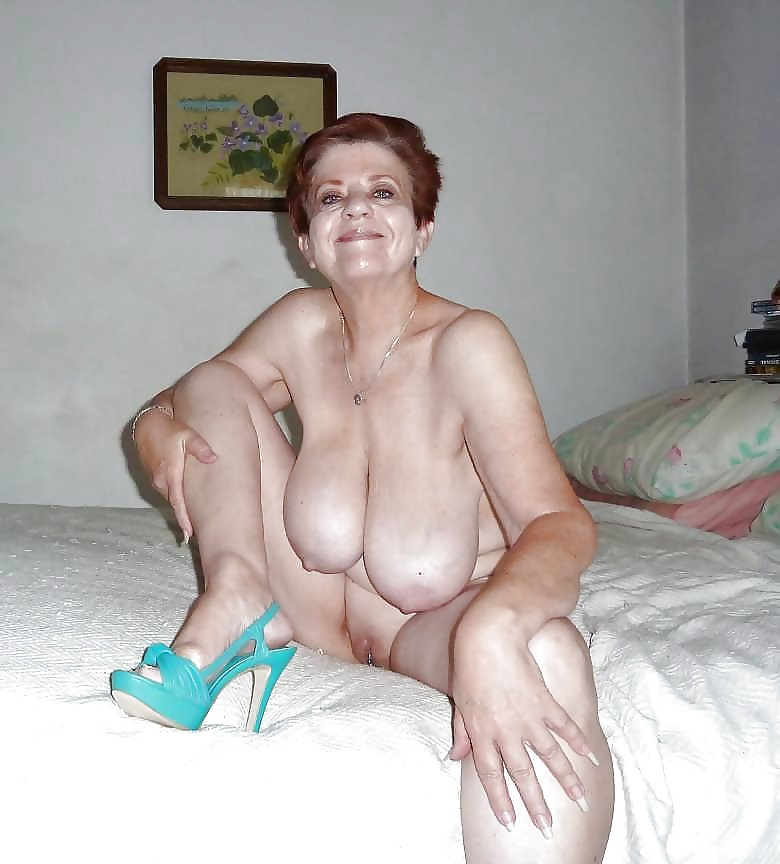 granny very nudist old