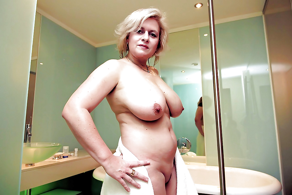 Gold Mature Gallery 50