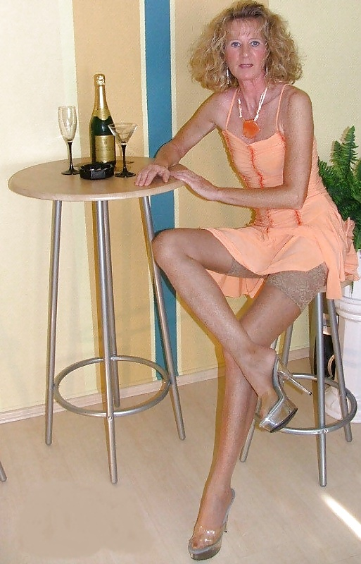 legs Amateur nude mature pic