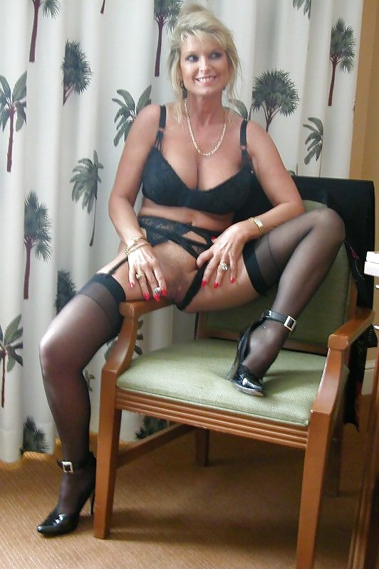 Mature garter