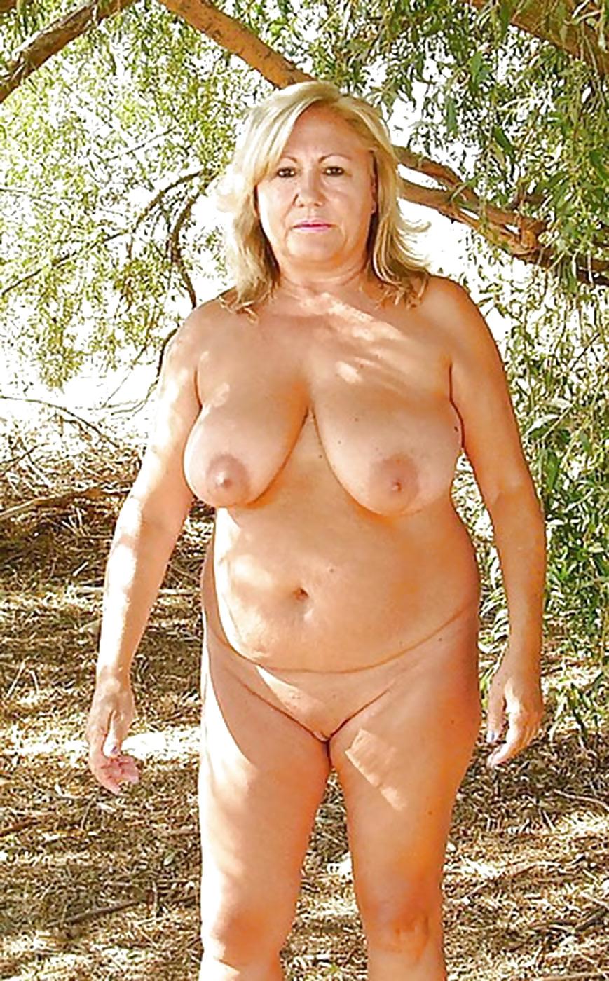 blonde hillbilly girls nude
