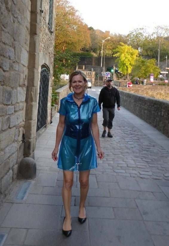 Amateur Mature Pictures: Pierced bbc gimp Irina